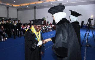 Alumni Demi Nawipa