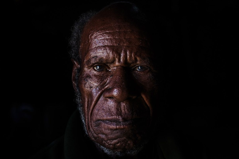 Photographer Papua Vembrianto