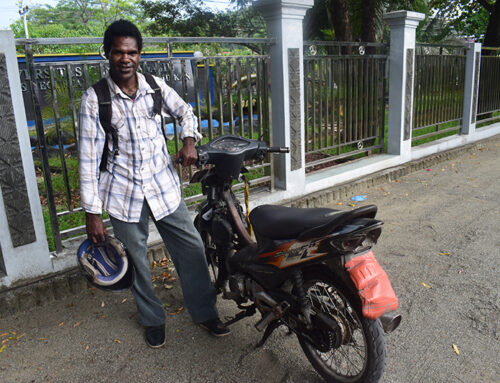 Purchase second-hand motorcycle and laptop