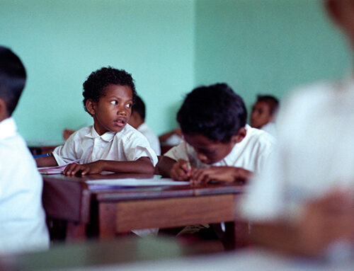 Mendidik ala Papua