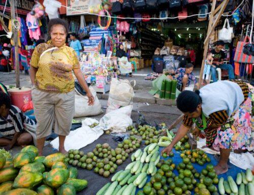Training for new group of market women in Jayapura