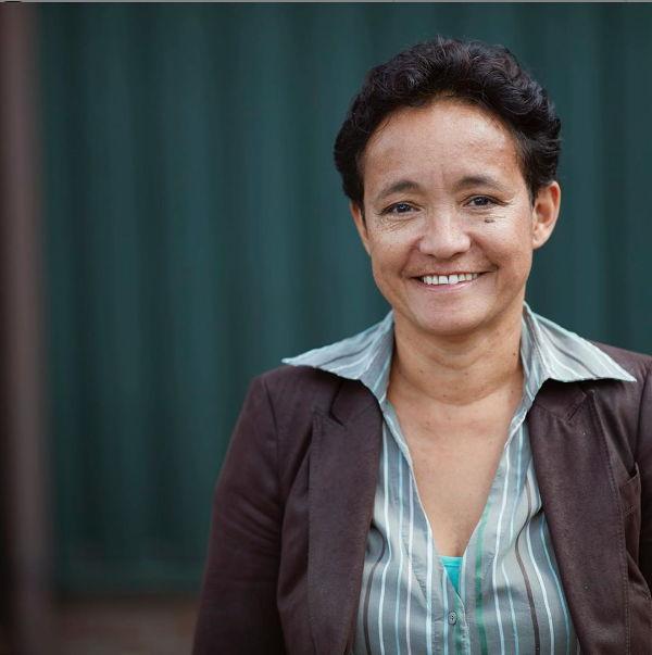 Yvonne Carels